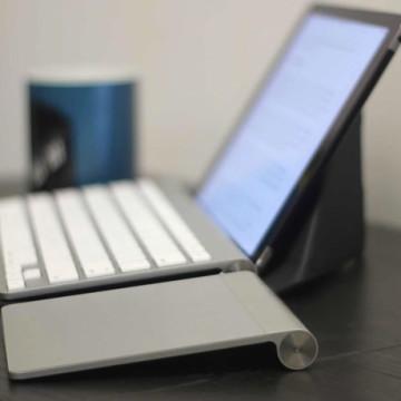 iPad с клавиатурой Wireless Keyboard
