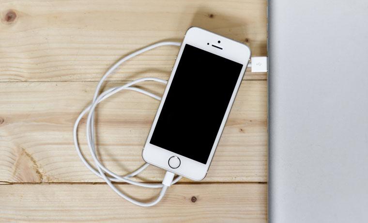 Проблема с зарядкой iPhone