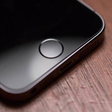 """Кнопка """"Домой"""" в iPhone 5S"""