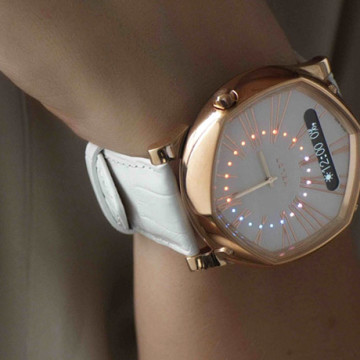 VELDT smart-watch photo